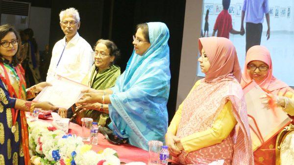 জাতীয় শিশু কিশোর প্রতিযোগিতায় মাটির কাজে ১ম হয়েছে হবিগঞ্জের শৈলী